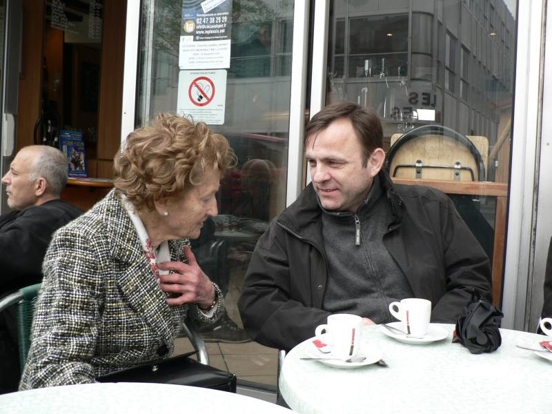 Tours - p. Hanzelová